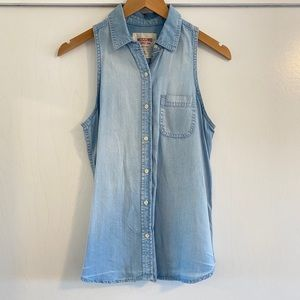 Mossimo Chambray Jean Sleeveless Button Up Tank S